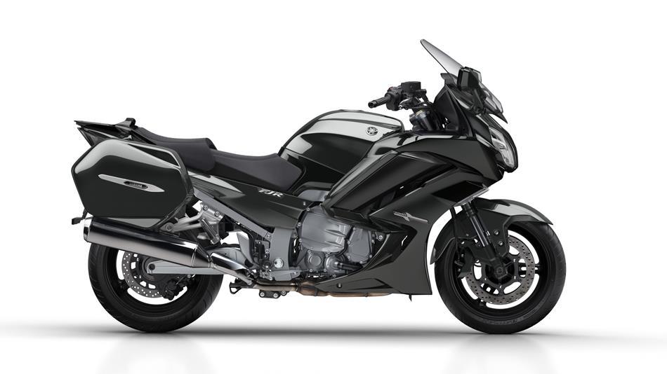 2018-Yamaha-FJR1300AE-EU-Tech-Graphite-Studio-002