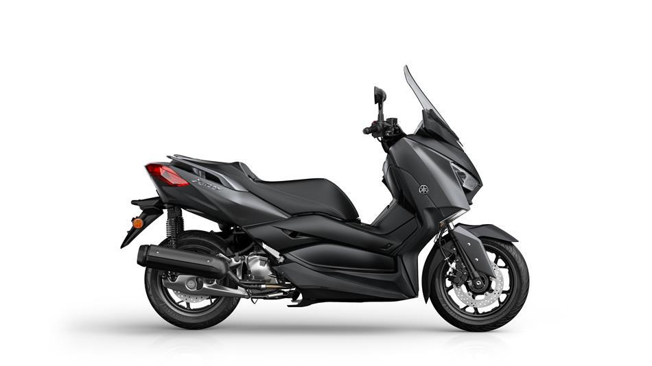 2018-Yamaha-XMAX-125-ABS-EU-Sonic-Grey-Studio-002