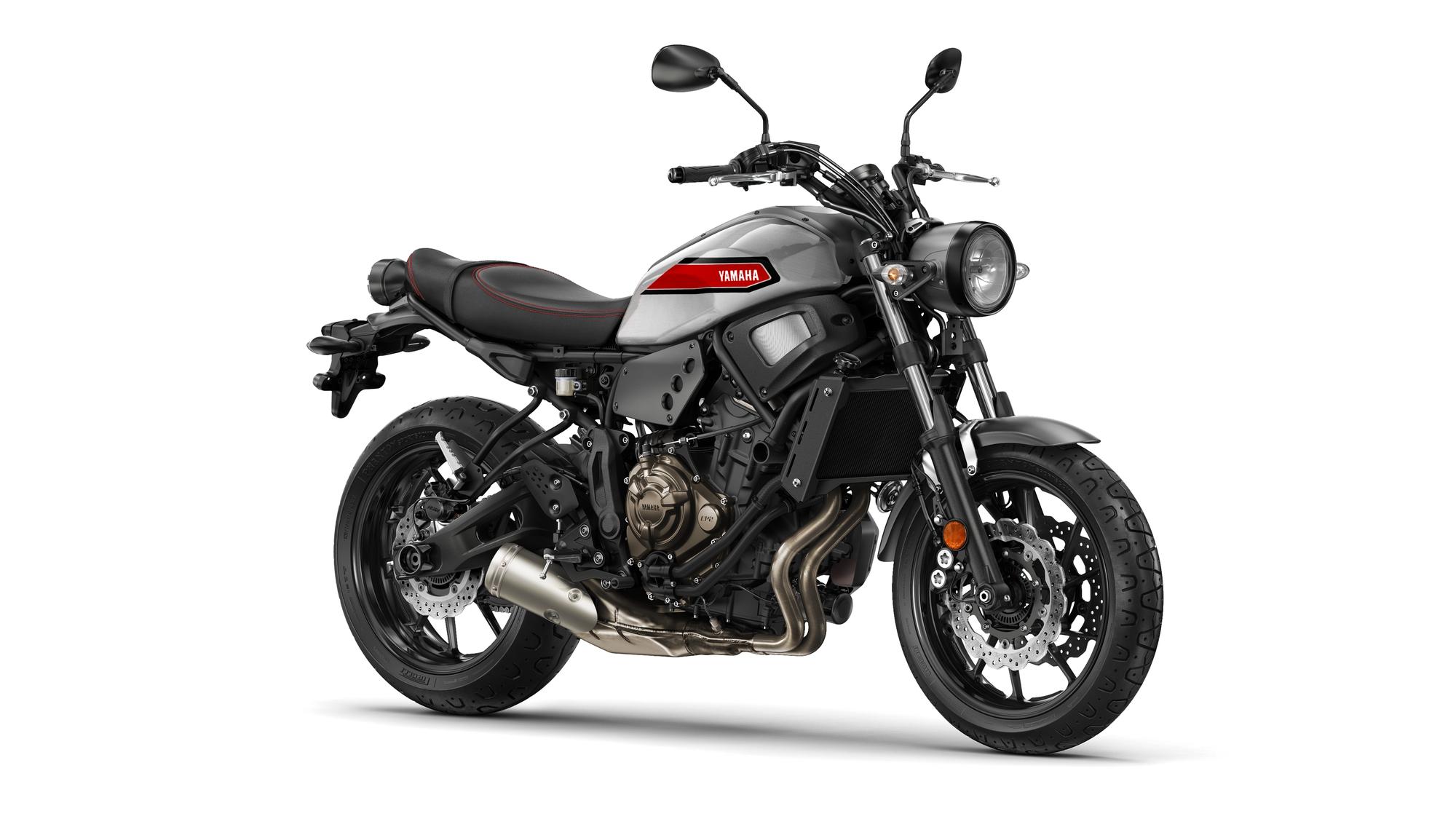 2019-Yamaha-XS700-EU-Matt_Grey-Studio-001-03