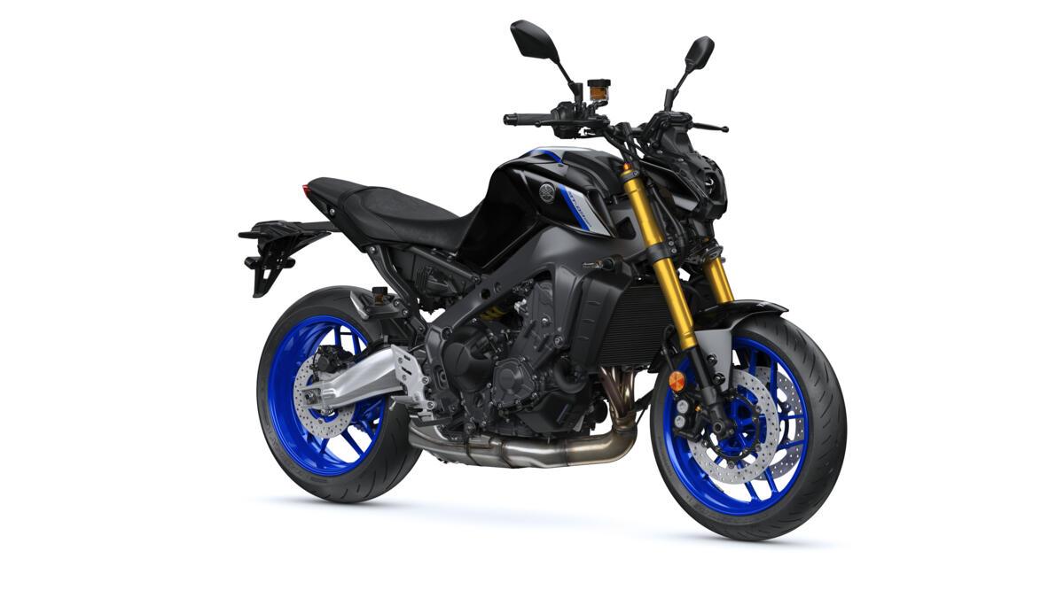 2021-Yamaha-MT09DX-EU-Icon_Performance_-360-Degrees-036-03_Tablet
